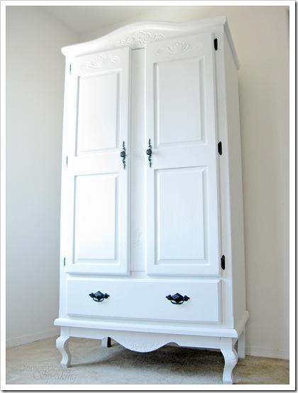 armoire m tallique ikea blanche id e inspirante pour la conception de la maison. Black Bedroom Furniture Sets. Home Design Ideas