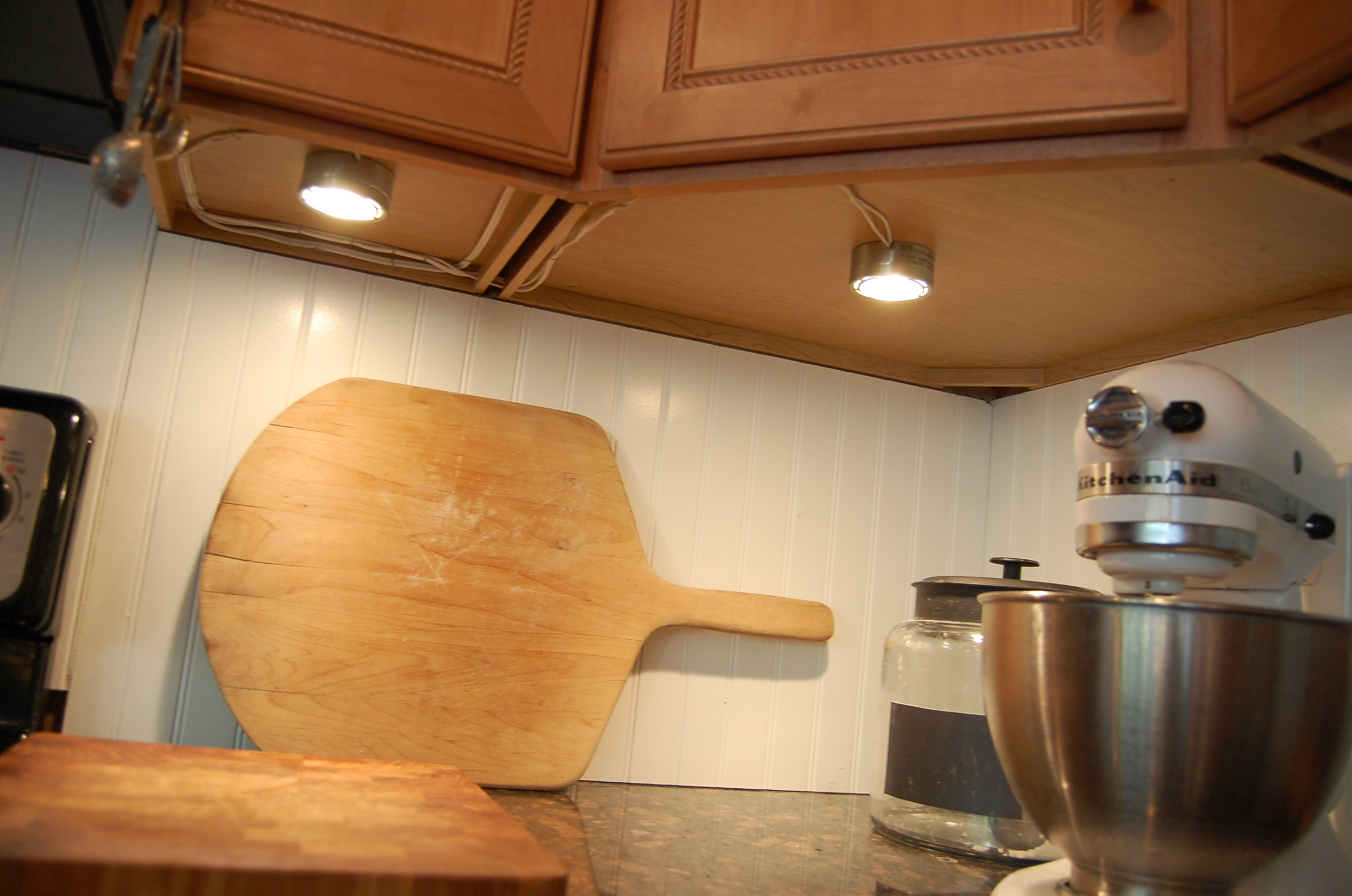 : kitchen cabinets under lighting - Cheerinfomania.Com