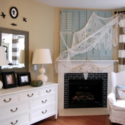 how to decorate for halloween and not look trashy