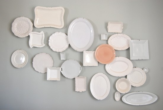 one pink plate