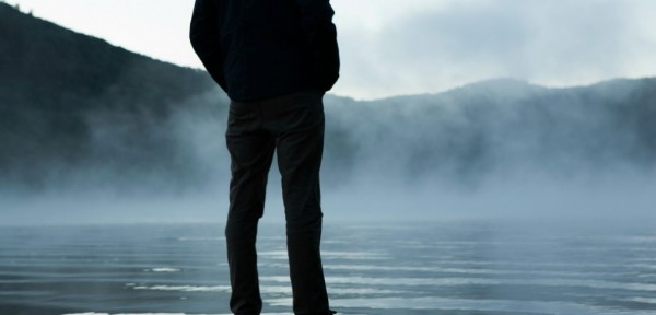 man-standing-by-foggy-lake-smaller-1014x487