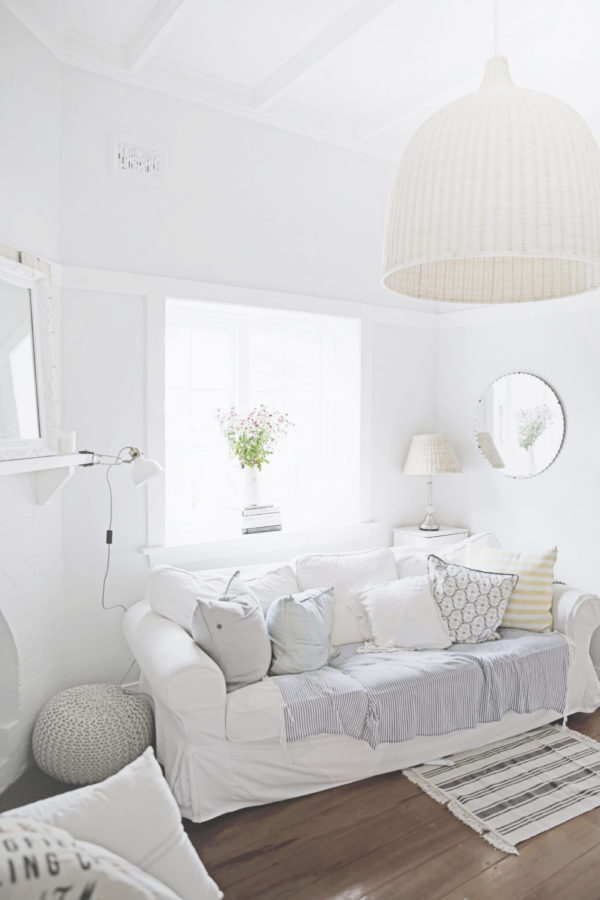 Color white home decor on pinterest white home decor vintage style decor and white homes - White sitting rooms ...