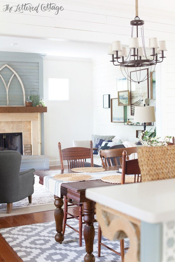 Plates On Wall In Dining Room Joanna Gaines