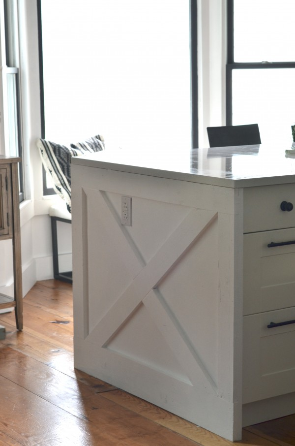 Kitchen Island With An X On The End