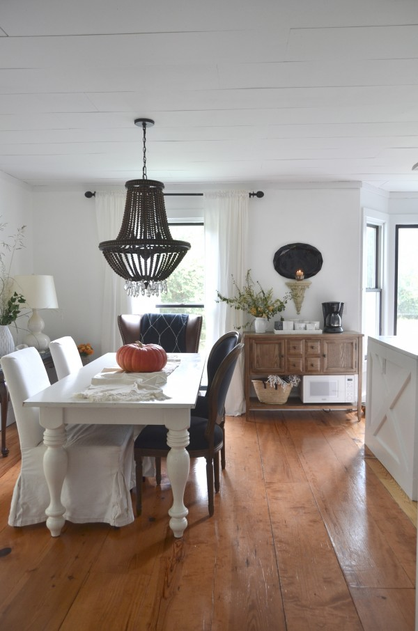 choosing a dining room table