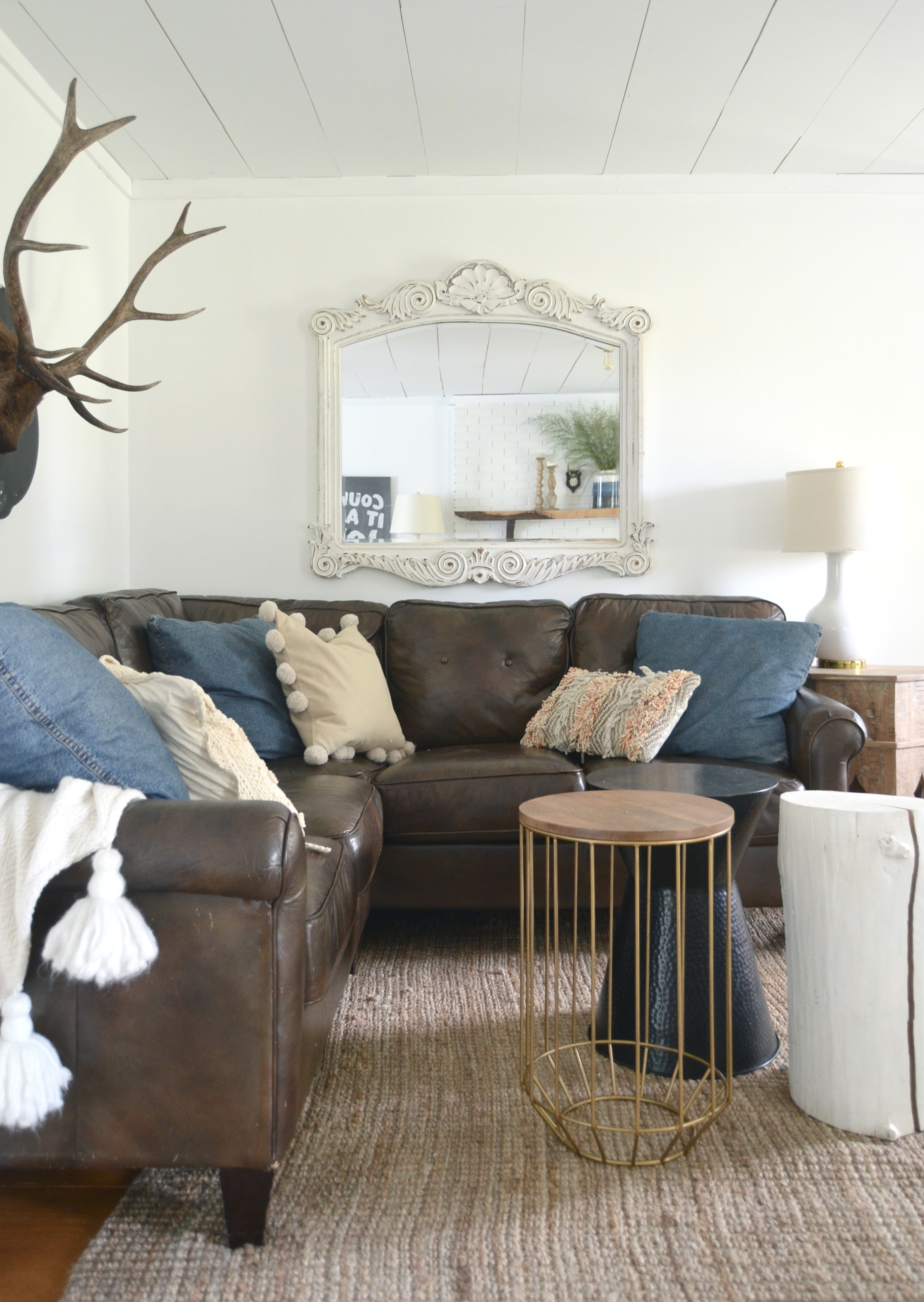 Fall tour cozy minimalist style for Minimalist home tour