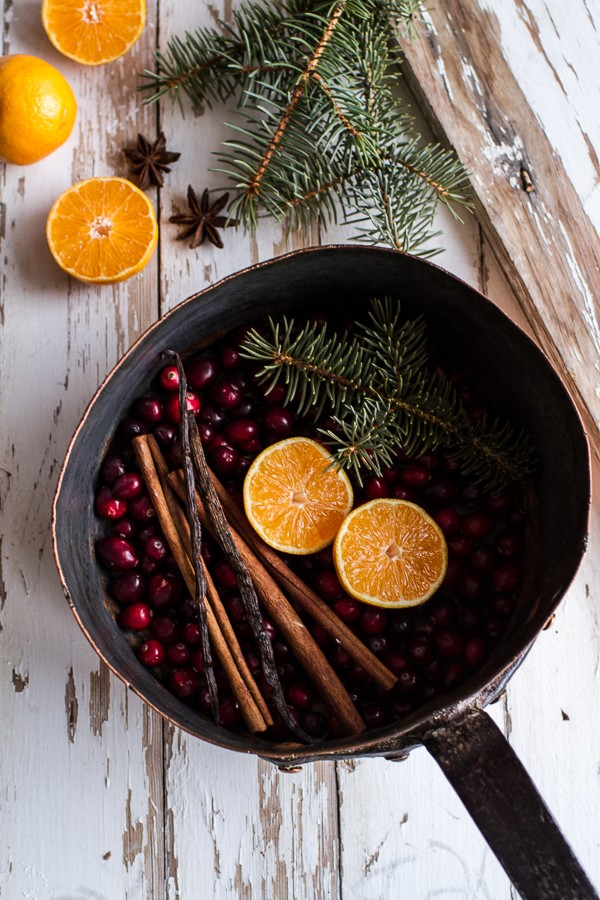 Homemade-Holidays-Lets-Make-the-House-Smell-Like-Christmas-31
