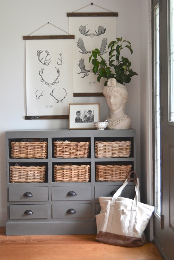 how to have a clean house #clean #cleaning #storage #foyer