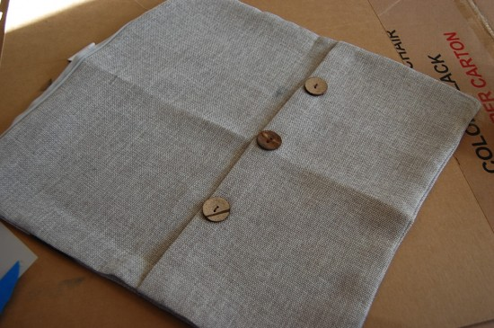 diy (ish) pillow cover Diy Pillow Covers