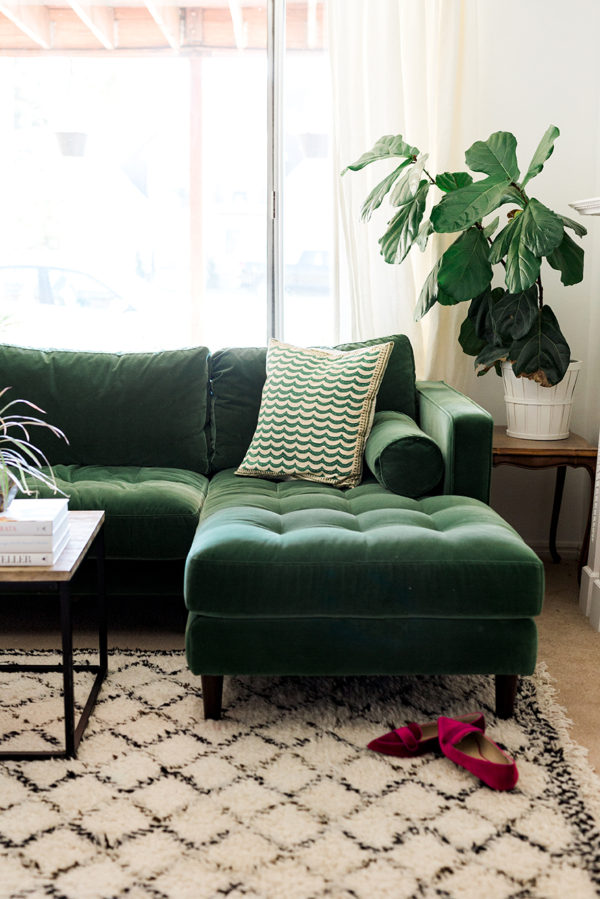 article-sofa-in-green-5